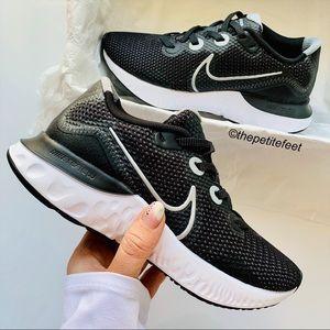 NWT Nike Renew Run running sneakers